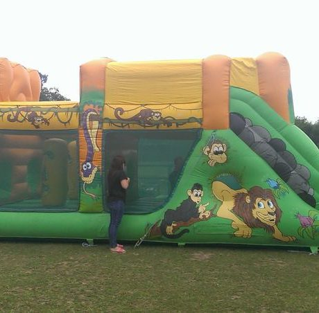 essex-bouncy-castles-10