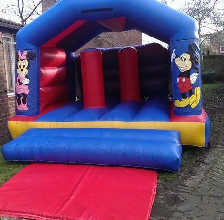 essex-bouncy-castles-79