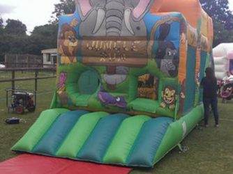essex-bouncy-castles-11